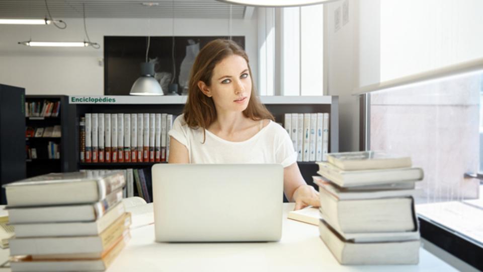 成功と成長のために勉強の時間を取る「5時間ルール」とは?