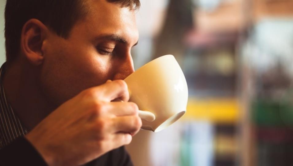 コーヒー中毒の人は遺伝子が原因かもしれない