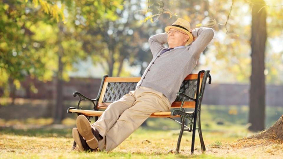 心理学者の分析で判明:「幸福の定義」は年とともに変わる