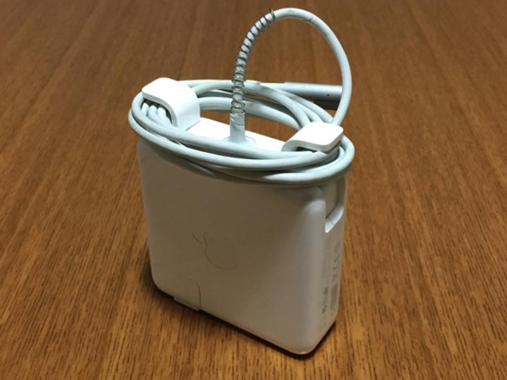 Macbookの電源ケーブルを断線から守る方法