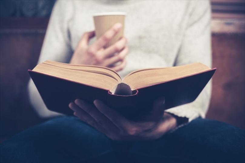 読書好きのあの方へ「敬老の日」には日頃の感謝の気持ちを贈ろう