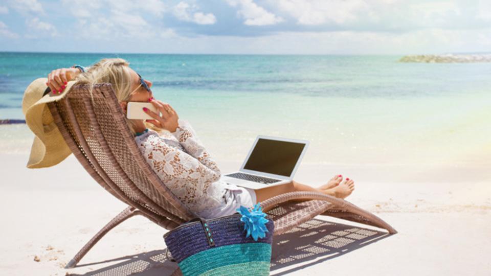 ベストセラー『「週4時間」だけ働く』の著者ティモシー・フェリスとその読者による「生産性を高めるために絶対にすべきでないことトップ19」