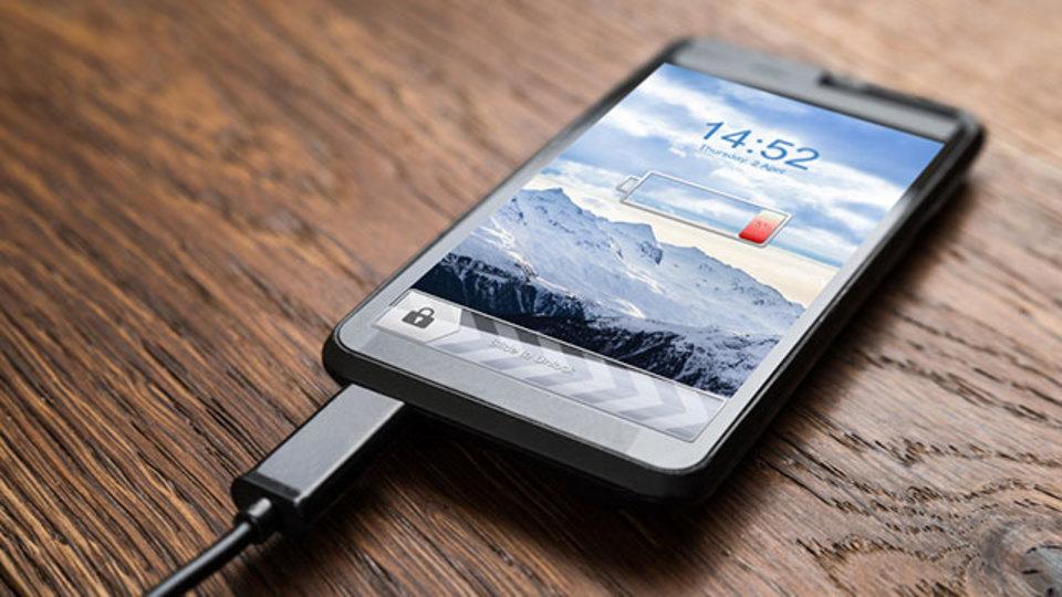 スマートフォンのバッテリーを劣化させない正しい使い方