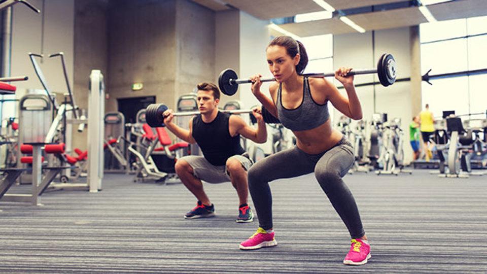 膝や腰を傷めない「正しいスクワット」のための5つチェック項目