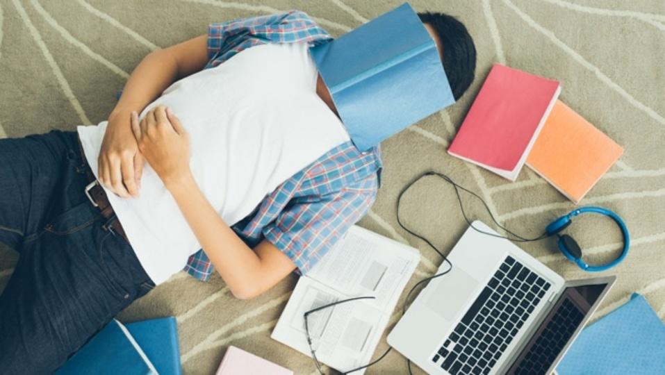 頭のいい人は運動不足かもしれない:研究結果