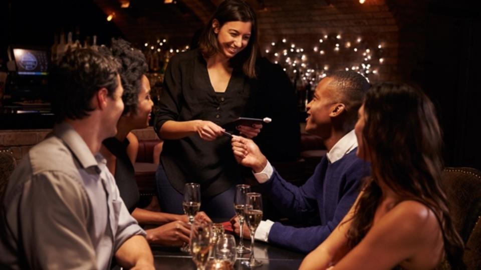 経済的に成功した後で「友だち付き合い」も「自分のお金」も両方大事にしたい人の3つのルール
