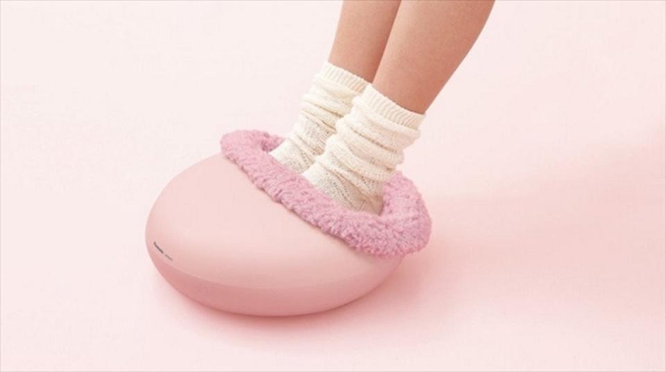寒い日の癒やしは足元から「フットインリフレ」温めて揉むフットマッサージャー