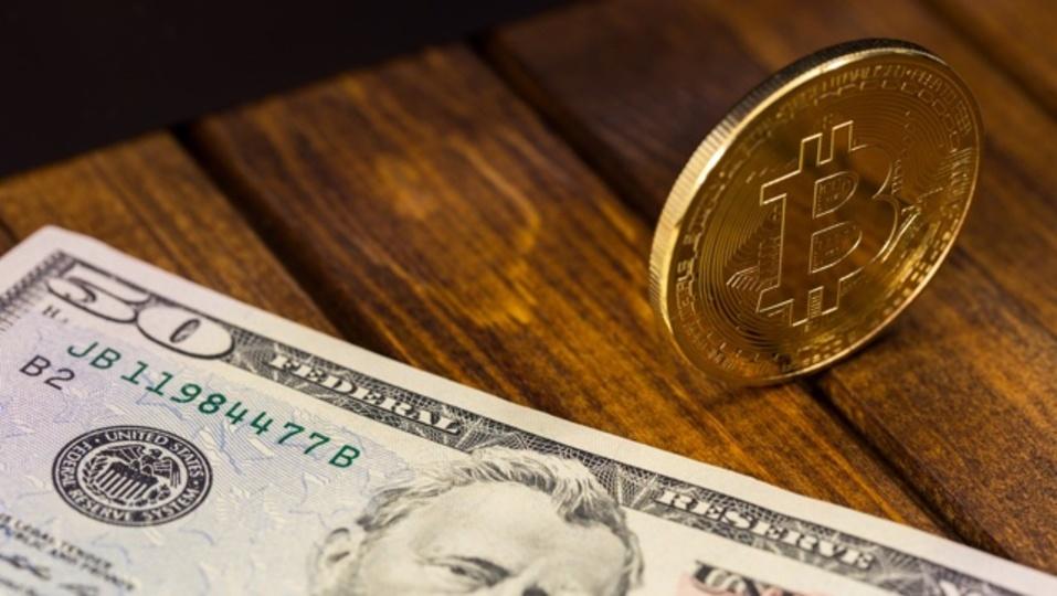 米大統領選の裏でビットコインが急騰した理由