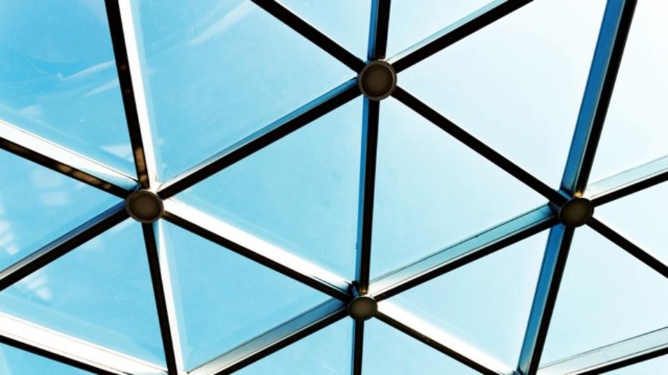 「ガラスの天井」を打ち破るためにAirbnbが協力していること