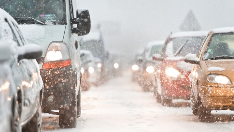 冬の間キレイに保ちたい6つの車の安全センサー