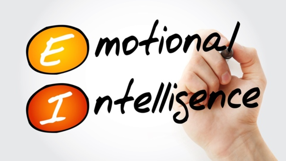 ついつい買い過ぎてしまう行動心理を、ビジネス戦術に生かす方法