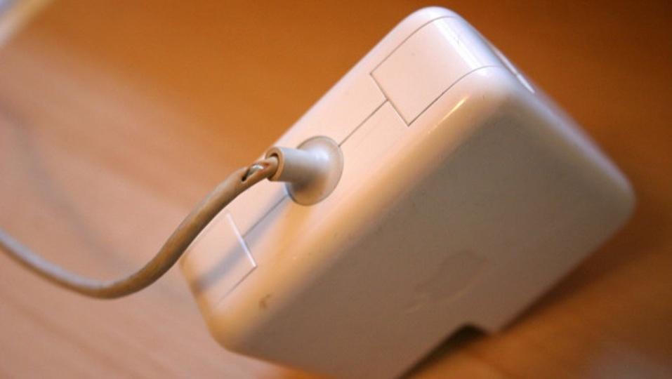 目先の安さにつられて模造品の「Apple充電器」を買ってはいけない理由