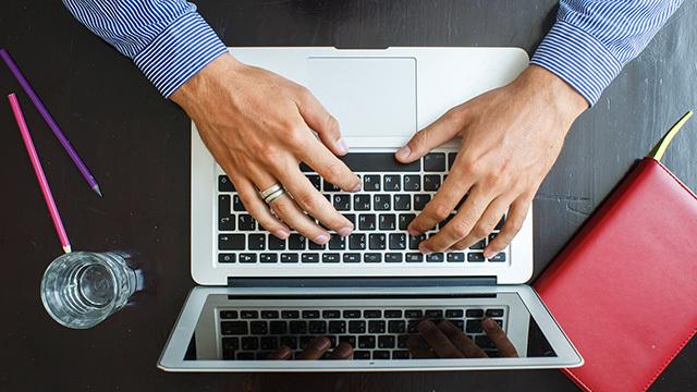お使いのMacBookのモデル年式をすぐ確認する方法