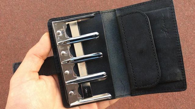 小銭を探す手間を劇的に減らす、コインホルダー付き財布「Coin Wallet II」