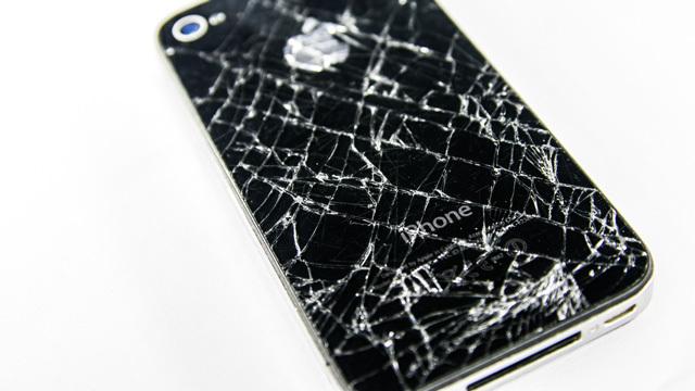 手持ちのiPhoneを新モデル発表後に壊してしまう、「アップグレード効果」の存在が確認される