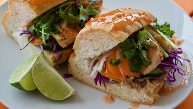 簡単に作れてバリエーションも豊か、ベトナムのサンドイッチ「バインミー」のレシピ