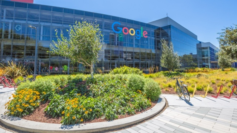 Googleの秘密主義は、社是「邪悪になるな」にそぐわない