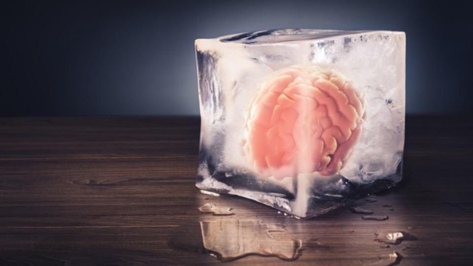 人間は冷凍保存後に生き返ることができるか