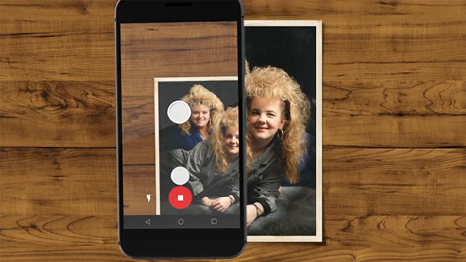 古い紙の写真をスマホで簡単にデジタルアルバムに加えられる無料アプリ「Photo Scan」