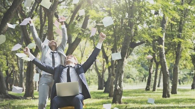 健康的な「オフィス生活にするため」に心がけるべき25条