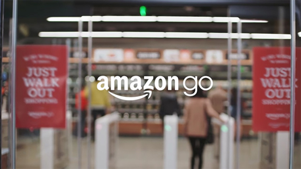「Amazon Go」なら、最少3人で大型スーパーの運営が可能?