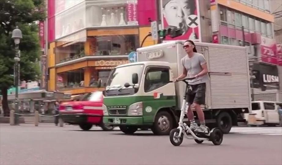 常に立ち漕ぎを要求されるデンマークの鬼フィットネス自転車「Me-Mover FIT」