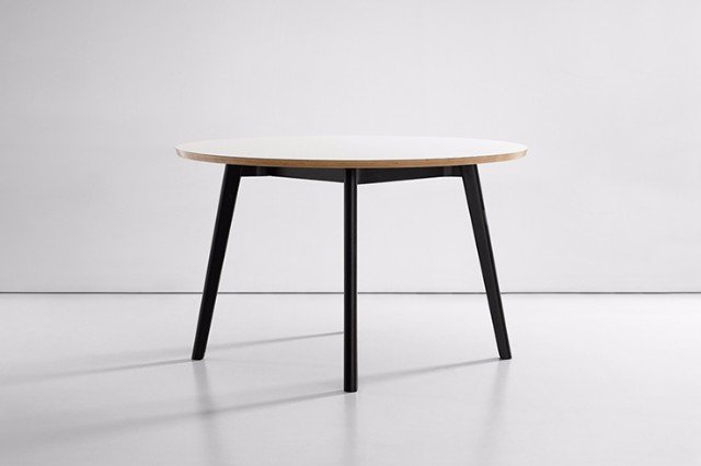 170309_roomie_solem_table_3.jpg