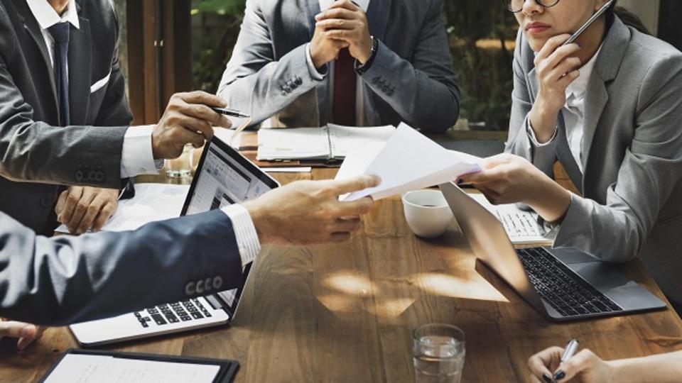 「会議の終わり」に必ずやるべき4つのこと