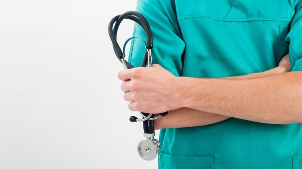 アメリカの医療業界で「年収1000万円以上」の仕事トップ6