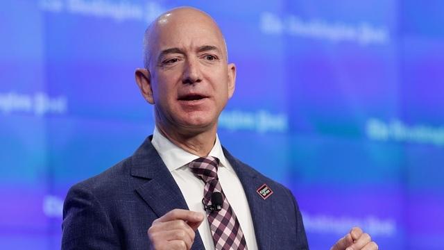 Amazonのオーナーが、月への配送サービスを構想