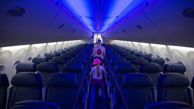 飛行機に搭乗拒否される理由となる11の事項と、そうなったときの対策