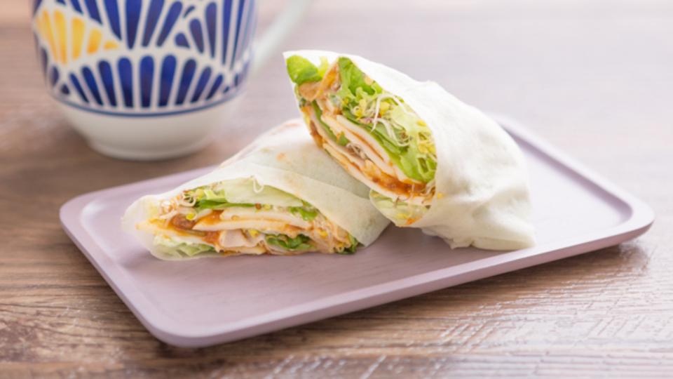 食べても太らない夜食:サンドイッチのカロリー半分「春巻きの皮ブリトー」
