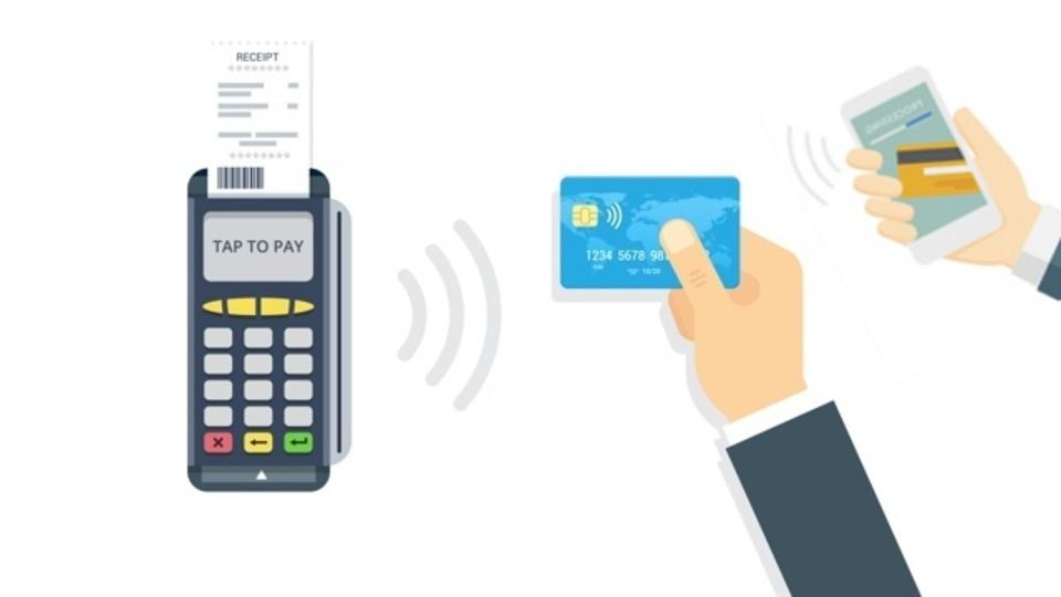 お金が貯まりやすい? デビットカードを賢く使うべき3つの理由
