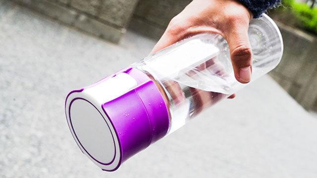 ペットボトル感覚で持ち歩ける浄水ボトル【今日のライフハックツール】