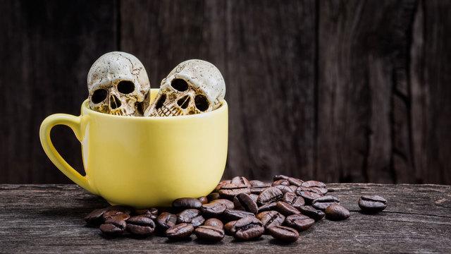 短時間でのカフェイン過剰摂取は死につながる