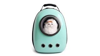 遊び心と機能性を両立。ペット用の宇宙船カプセル型キャリー