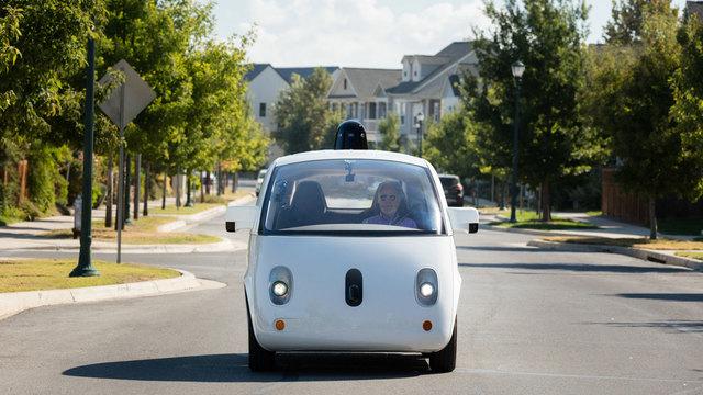 無人タクシー実現にいまもっとも近いWaymoとLyftが提携