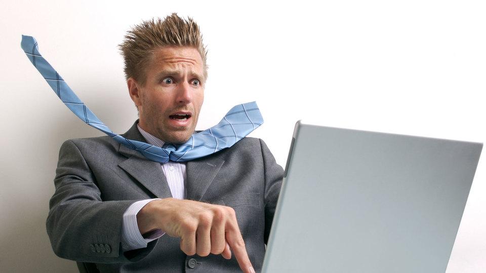 Wordが突然クラッシュしても、バックアップファイルを使ってファイルを復元できる