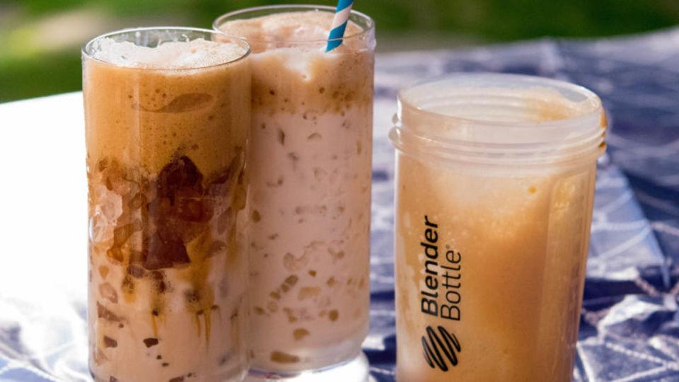 プロテインシェイカーで絶品コーヒーフラッペを手早く作る方法