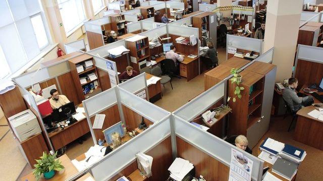 「オフィスで働くのが苦手な人」に向いている職業11選