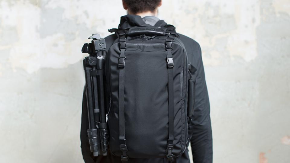 都市からアウトドアまで。あらゆる場面に対応できる多機能バッグ【今日のライフハックツール】