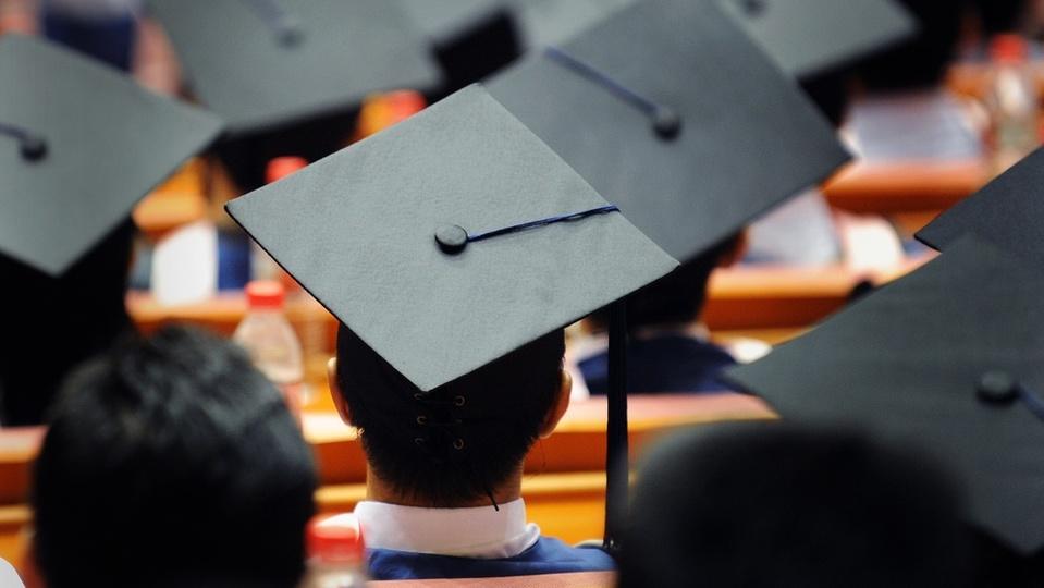大学では教えてくれない「社会で不可欠な5つのスキル」と習得する方法