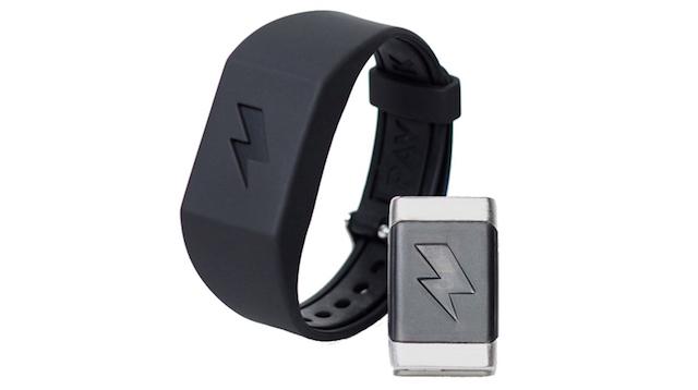 電気ショックで強制的に起きてしまう腕時計型目覚まし「PAVLOK SHOCK CLOCK」
