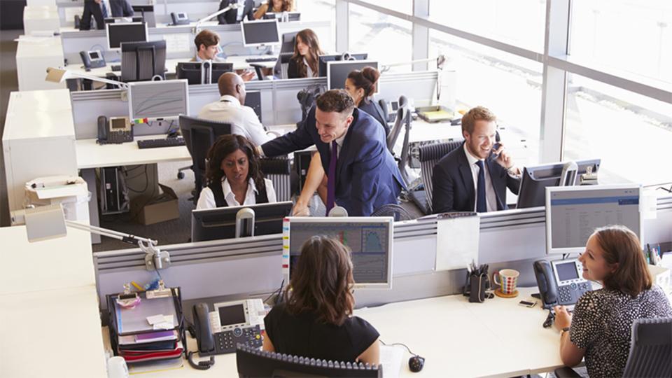 オープンプランオフィスは生産性をさげる要因になる