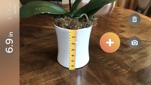 カメラをかざすだけでモノの長さが測れるアプリ「AR Measure」