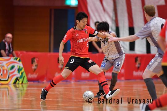 フットサル元日本代表選手が実践する、「プレイングワーカー」という新しいキャリアの形