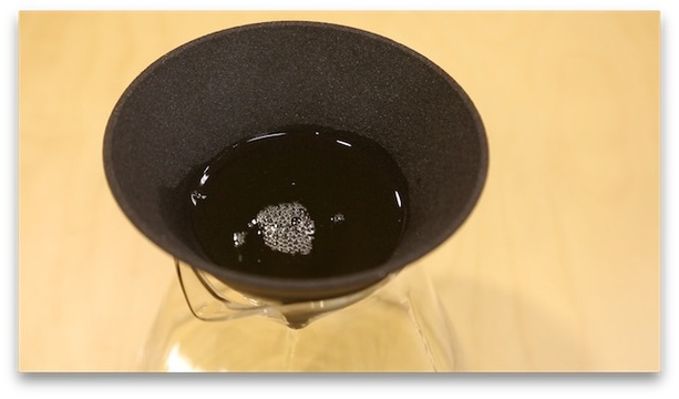 コーヒーの香りが引き立つセラミックでフィルター、クラウドファンディングが残り1週間に!