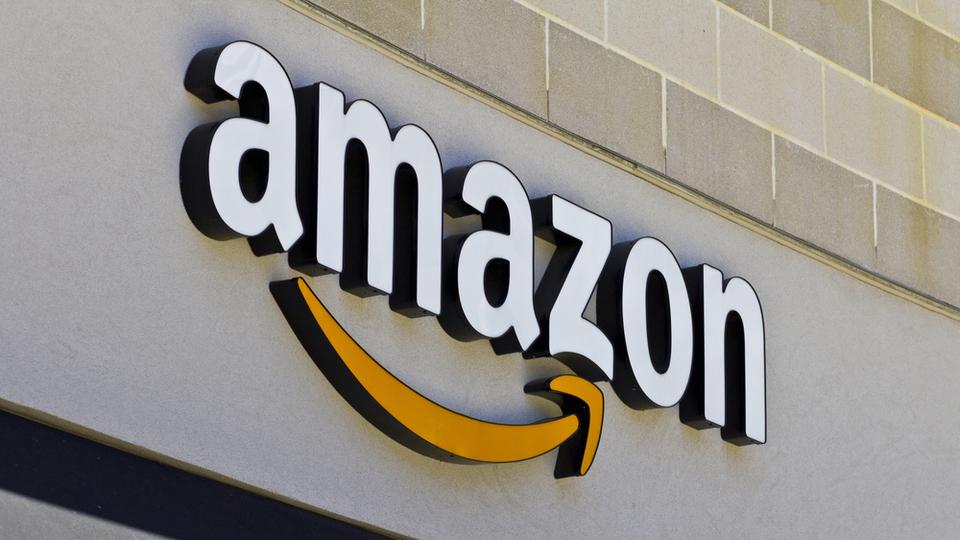 「シアトルの最低賃金が15ドルに上がると雇用が減る」という調査結果には、Amazonが入っていないという重大な不備がある