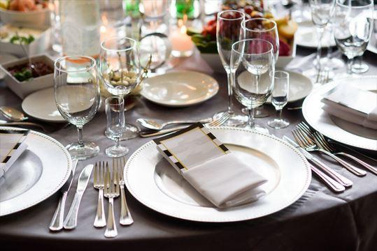 大人な自分を印象づけるディナーパーティー演出法