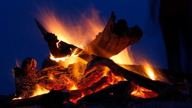 夏のたき火を最大限に楽しむ方法